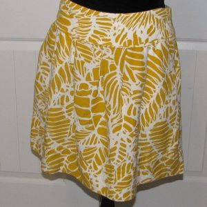 Loft Women's Yellow and White Skirt Size 6